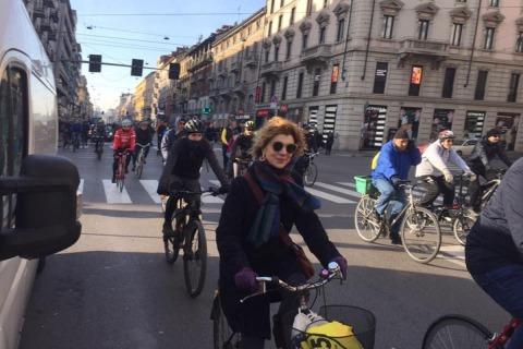 biciclettata-corso-Buenos-Aires