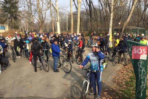 biciclettata-pausa-Parco-Lambro