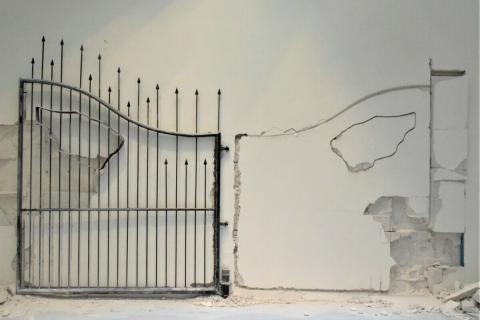 5_Untitled-2009-Shilpa-Gupta-Padiglione-Centrale-Giardini