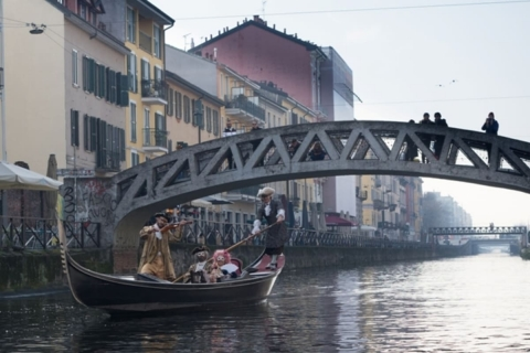 3-Gondola-naviglio-Lory-1200x800