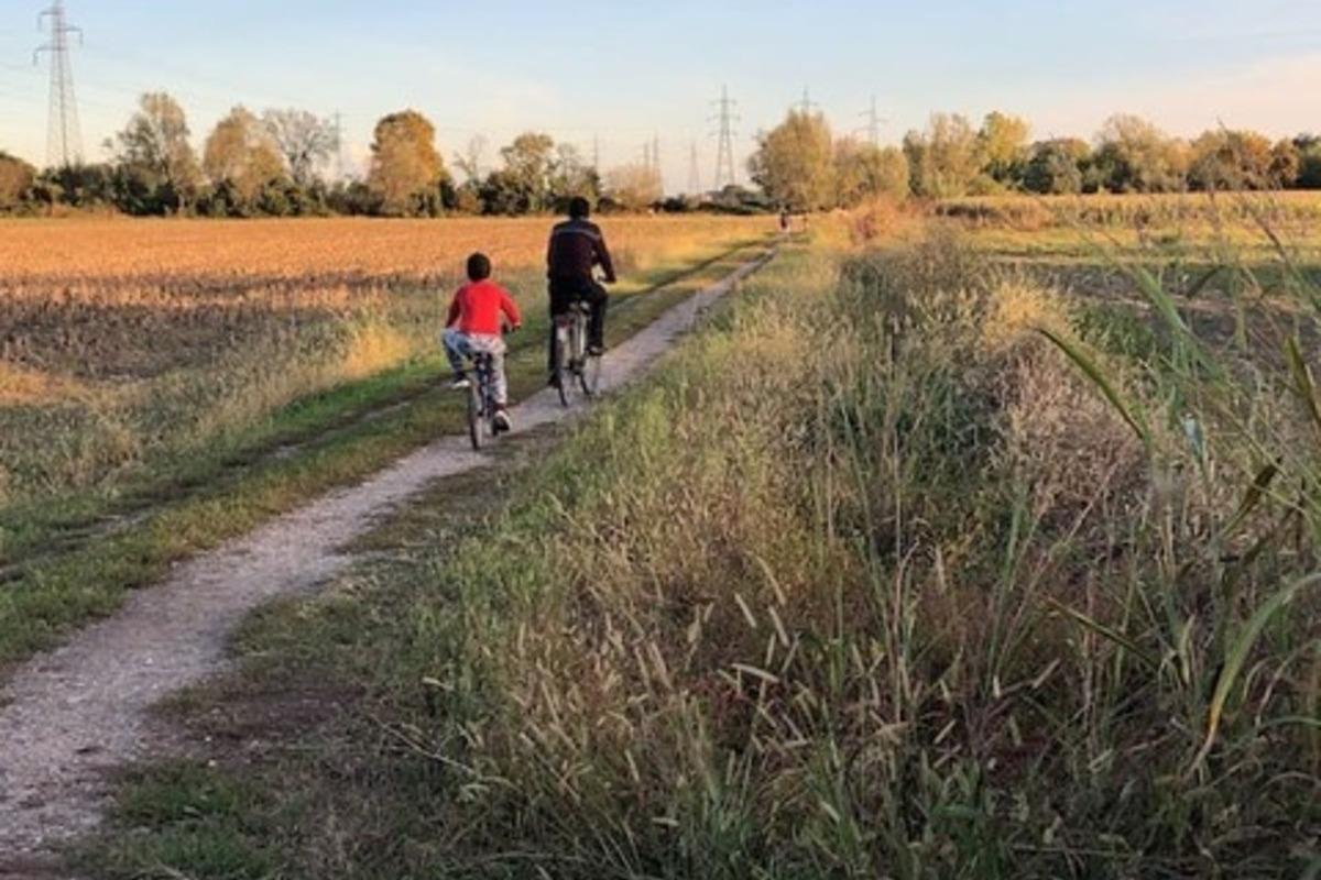 bambini biciclette